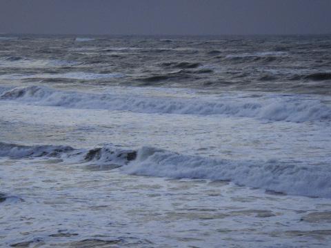 荒れ模様の日本海