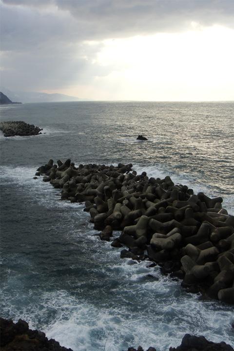 灯台からの日本海