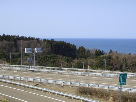 名立谷浜パーキングの上から2