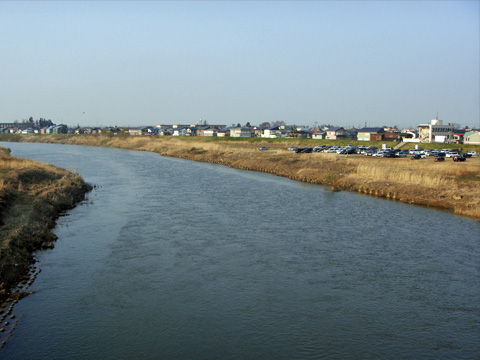 関川大橋から