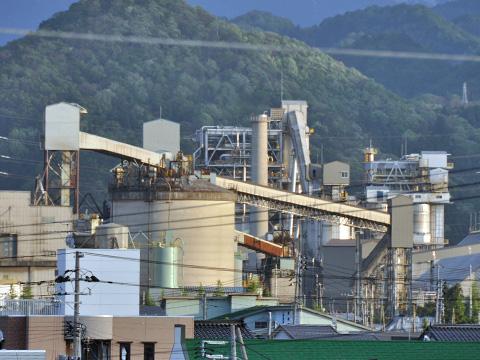 糸魚川の工場