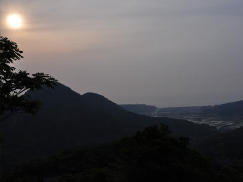 能生・新道山からの能生の山々