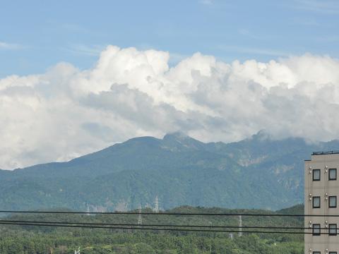 ナカシマ糸魚川店からの空2
