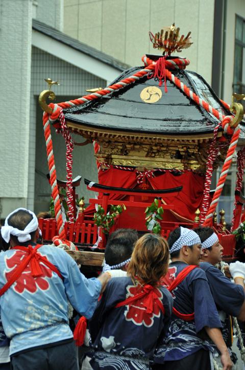 能生町祇園祭・大人神輿