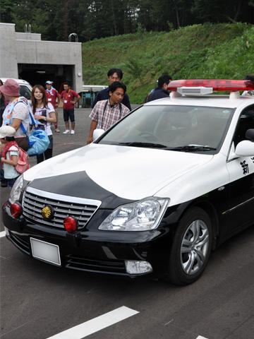 日本海クラシックカーレビューのパトカー1
