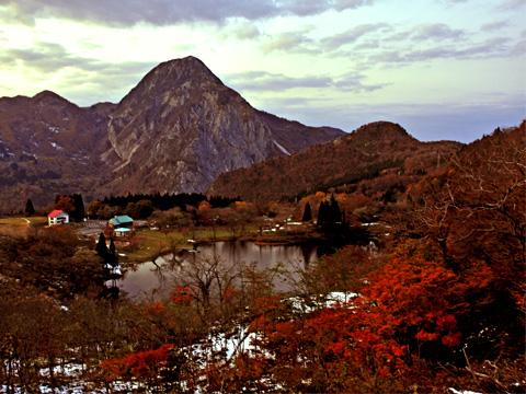 高浪の池と明星山2