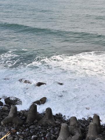糸魚川冬の海