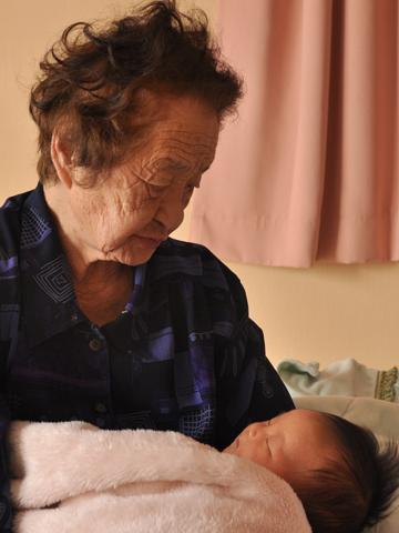 おばあちゃんと息子1