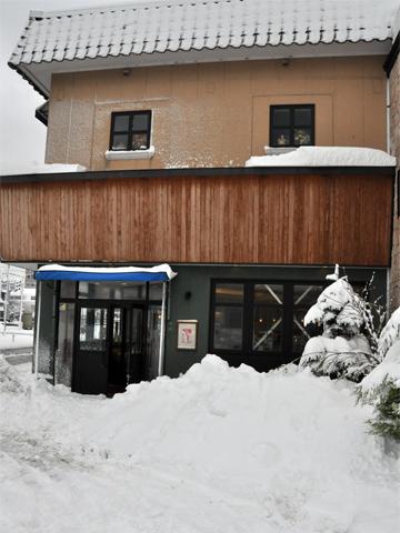 糸魚川店の雪