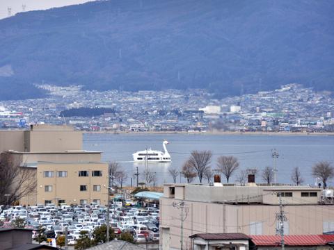 高島城天守閣からの諏訪湖の眺め