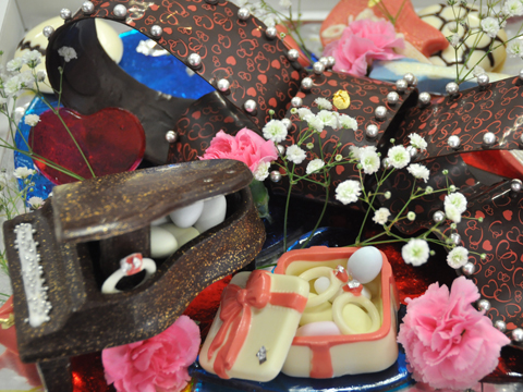 飴とチョコレートの細工菓子