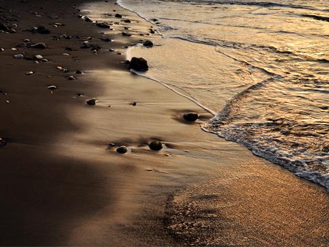 オレンジの砂浜