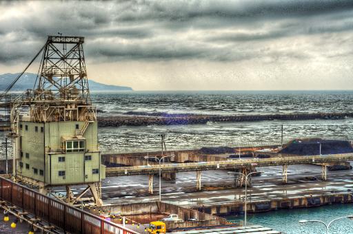 直江津港から海を望む