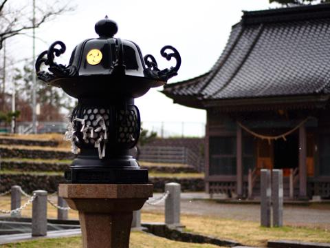 白山神社の境内