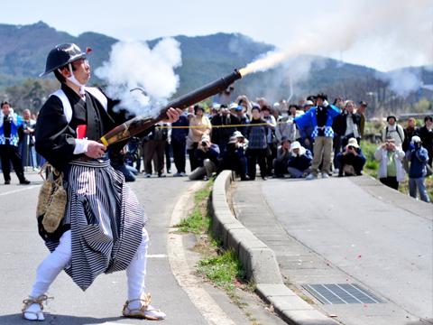 火縄銃発射