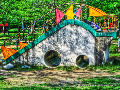 高田公園の遊具