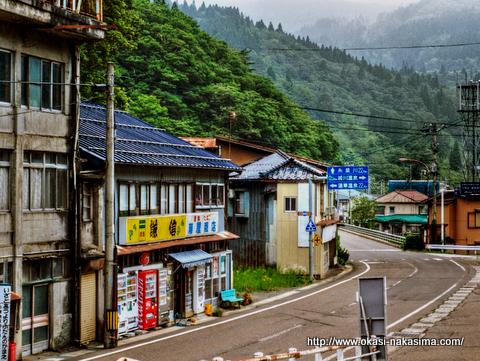 姫川温泉郷までの道