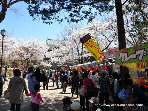 上田城のまわりの屋台
