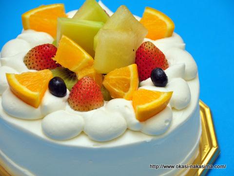 完成したデコレーションケーキ