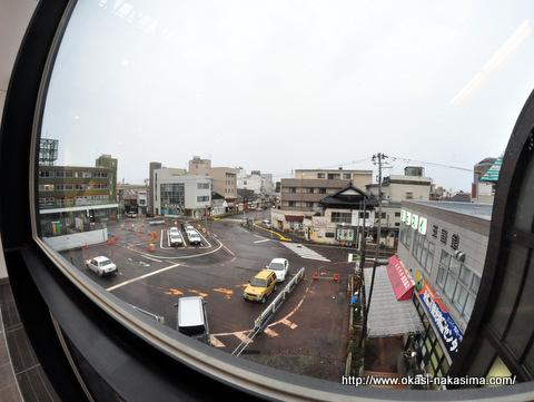 糸魚川駅の窓から